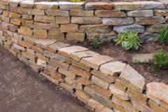 Портфолио-Подпорная стенка на склоне участка