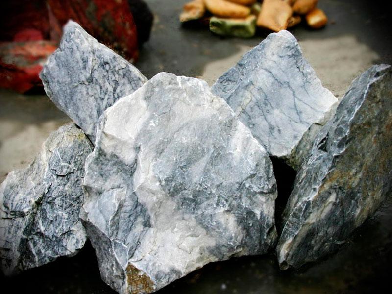 Серый натуральный камень