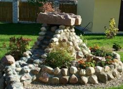 Камень для клумбы