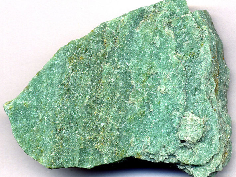 Зеленый жадеит для банных печей